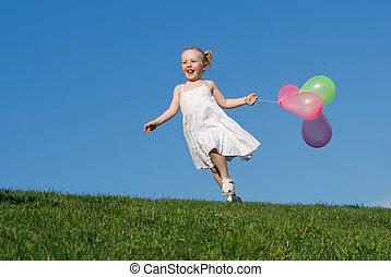 zomer, buitenshuis, rennende , kind, ballons, vrolijke