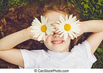 zomer, eyes, kind, park., groene, madeliefje, gras