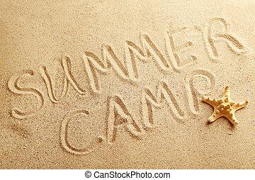 zomer kamp, met de hand geschreven, in, een, strandzand