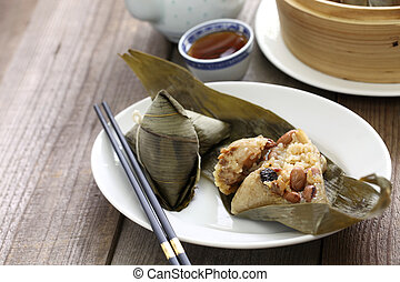 zongzi, chinese rice dumpling, dragon boat festival food