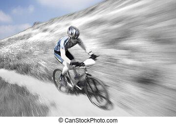 Zoom Blur - Zoom blur, selective coloring, mountain bike...