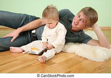 zoon, met, boek, en, vader