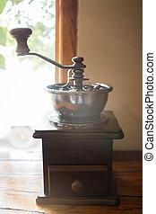 zrnková káva, grán, mlít, šprtat, pečený