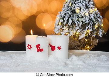 zuerst, advent, -, a, kerze, mit, weihnachtsbaum