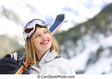 zufrieden, skier, anschauen, seite, in, der, berg