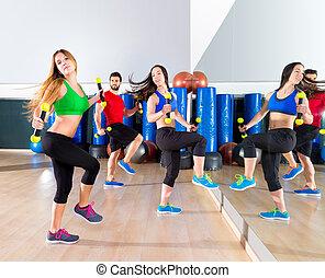 zumba, dans, cardio, mensen, groep, op, fitness, gym