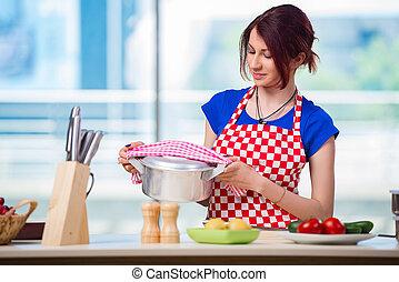 zupa, kobieta, przygotowując, kuchnia
