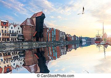 zuraw, porto, guindaste, em, gdansk, polônia, ensolarado,...