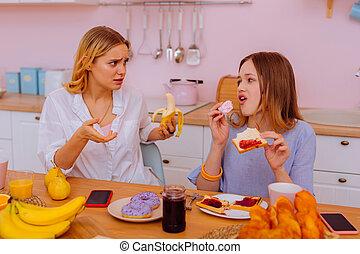 zuster, toonaangevend, gezonde levensstijl, het vertellen,...