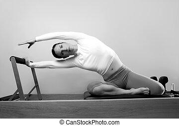 zwart wit, pilates, vrouw, sportende, fitness, verticaal