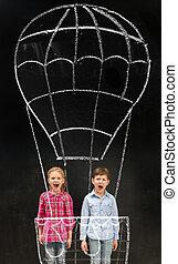 zwei, lachender, schulkinder, fliegendes, auf, eingebildet, gezeichnet, luft, baloon